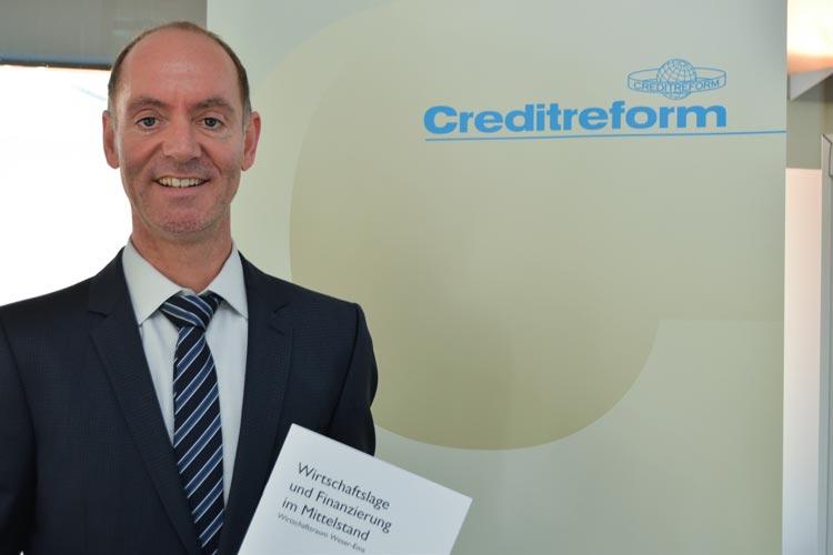 Michael Bolte von Creditrefom Oldenburg stellte die Ergebnisse der Befragung vor.