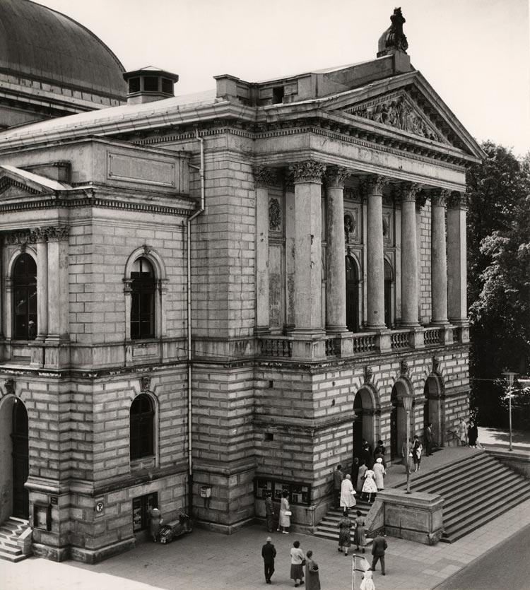 Das Oldenburgische Staatstheater um 1960.