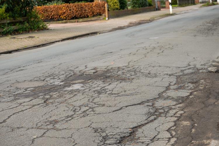 Das Thema Straßenausbaubeiträge soll jetzt im Oldenburger Verkehrsausschuss behandelt werden.