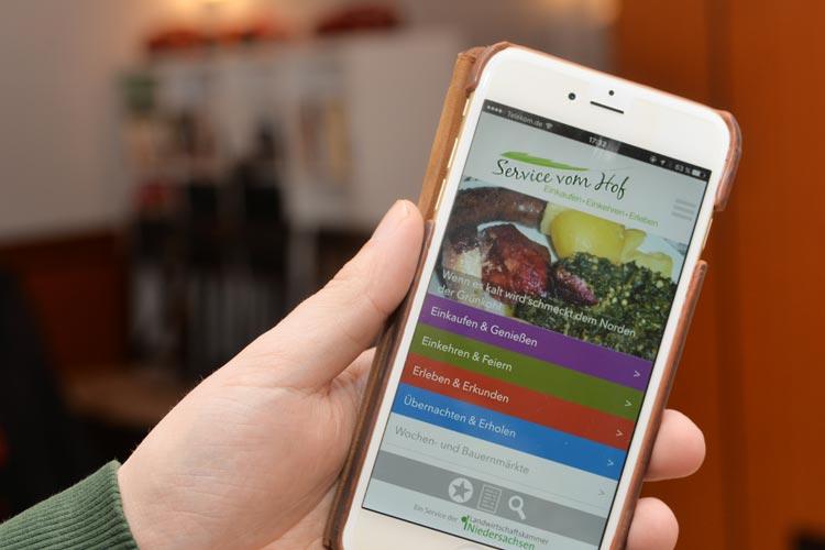 Service vom Hof heißt die neue App, die jetzt die Landwirtschaftskammer Niedersachsen vorgestellt hat.