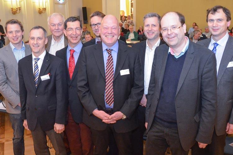 Dirk Warnecke, Initiator des Netzwerkes Nordwest isst besser, begrüßte gemeinsam mit den Netzwerkmitgliedern Minister Christian Meyer und Michael Marquardt von der Marketinggesellschaft der Niedersächsischen Land- und Ernährungswirtschaft Hannover.