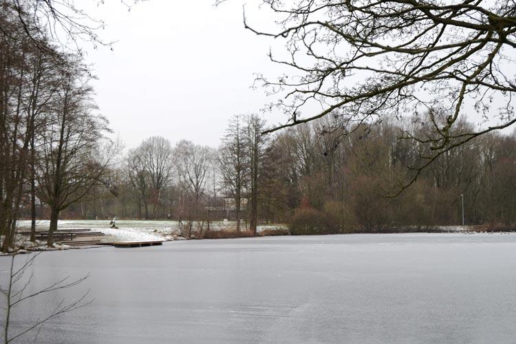 Im Rahmen einer Bürgerbeteiligung werden die Maßnahmen für mehr Platz für Spiel und Sport am Swarte-Moor-See in Oldenburg-Ofenerdiek geplant.