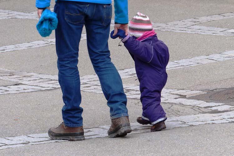 37 Prozent der Oldenburger Väter nehmen Elternzeit.