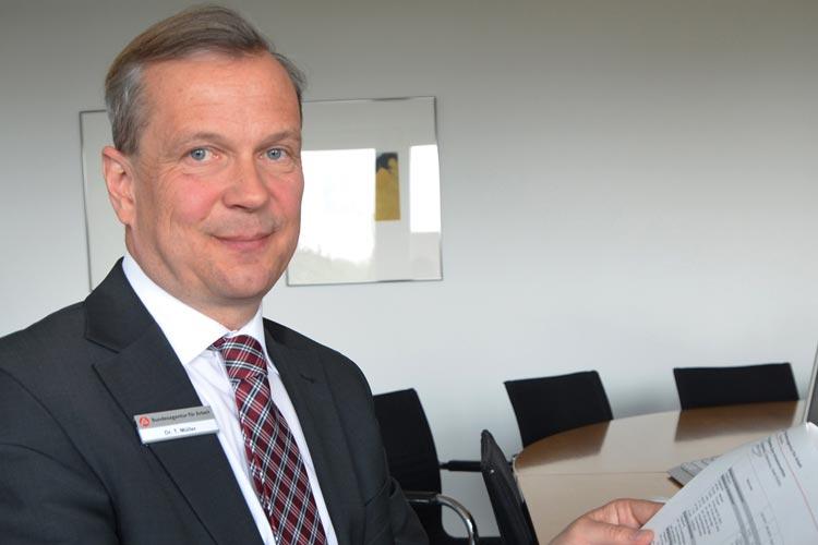 Dr. Thorsten Müller, Leiter der Agentur für Arbeit im Bezirk Oldenburg-Wilhelmshaven, stellte die neuesten Arbeitsmarktdaten vor.