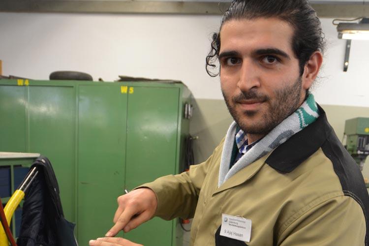 jaj Hasan ist einer von zehn Projektteilnehmern, der hofft, schon bald eine Ausbildung im Elektrobereich machen zu können.