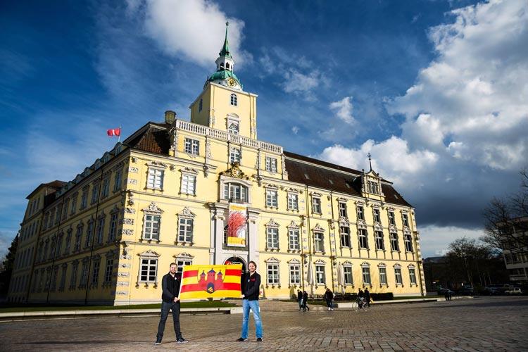 Die Housedestroyer möchten mit der Oldenburg Flagge auf dem Nummer-1-Elektro-Festival Tomorrowland die Bühne stürmen.