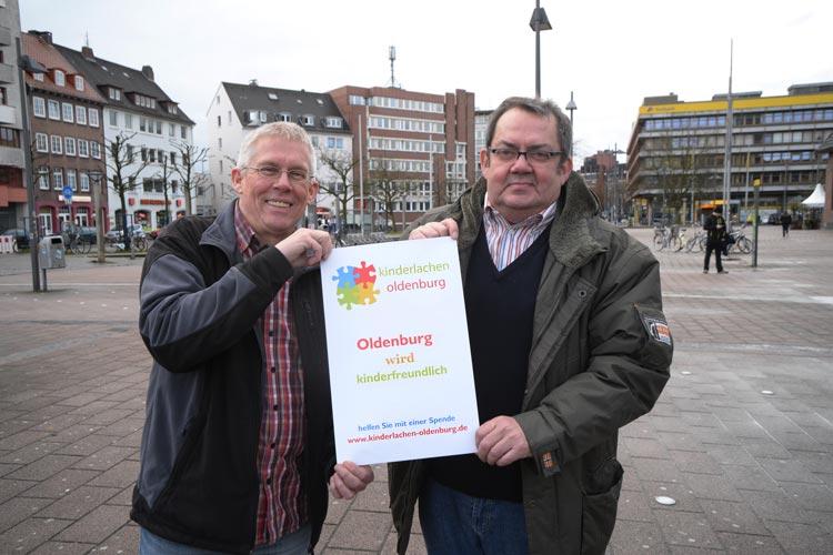 Erwin Juhl und Horst Häuser suchen Mitstreiter für den Verein Kinderlachen Oldenburg.