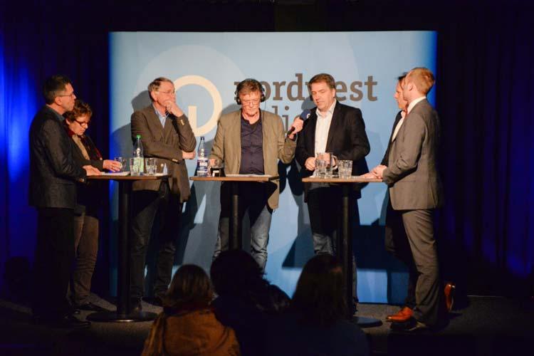 Live aus dem Musik- und Literaturhaus Wilhelm13 stellte Nordwestradio am Mittwochabend die Frage, ob eine Mietpreisbremse in Oldenburg überflüssig, wirkungslos oder sozialpolitisch notwendig sei.