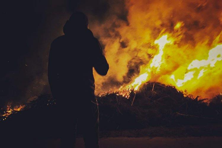 Am Karsamstag, 15. April, werden vier große Osterfeuer in Oldenburg angefacht.
