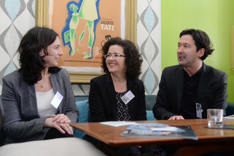 Natalia Petrillo, Gabriele Heinen-Kljajić und Mustafa Akça haben in der Oldenburger Kulturetage das Interkulturforum Cross Culture eröffnet.