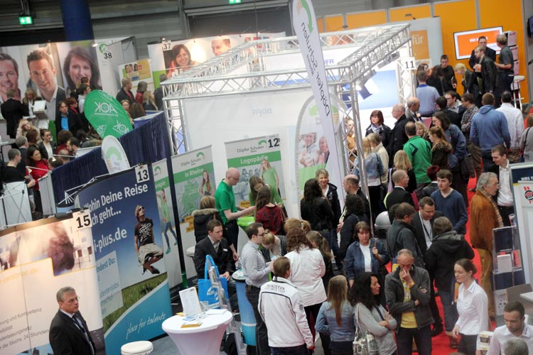 Die Aussteller der jobmesse oldenburg bieten Tipps und Informationen für Berufsstarter und Erfahrene.