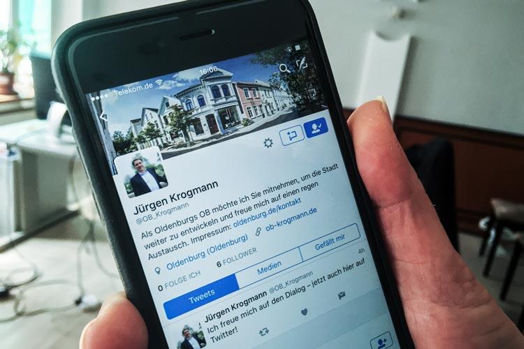 Oberbürgermeister Jürgen Krogmann wird ab sofort auch über digitale Wege den Kontakt zu den Bürgern suchen und in den sozialen Netzwerken aktiv sein.