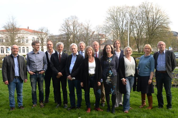 Der medizinische Kinderschutz in der Weser-Ems Region wird durch ein internetbasiertes Fortbildungsprogramm aus den Niederlanden verbessert. Zehn Kliniken aus Weser-Ems starten jetzt ein Pilotprojekt.