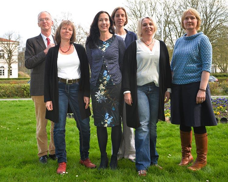 Christoph Korenke, Mareike van´t Zet, Marielle Dekker, Kristina Boos, Petra Bremke-Metscher und Kerstin Porrath setzen beim medizinischen Kinderschutz auf ein neues Fortbildungsprogramm.