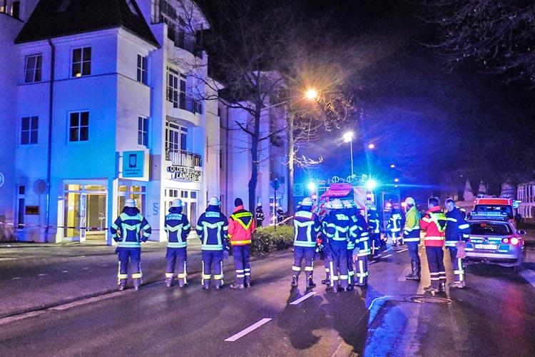 Erneut wurde in Oldenburg ein Bankautomat gesprengt. Die Polizei bittet um Hinweise.