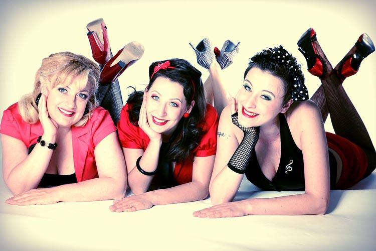 Die drei Damen von Sweet Sugar Swing haben ihr Kommen zur CSD-Gala in das Oldenburgische Staatstheater bereits zugesagt.