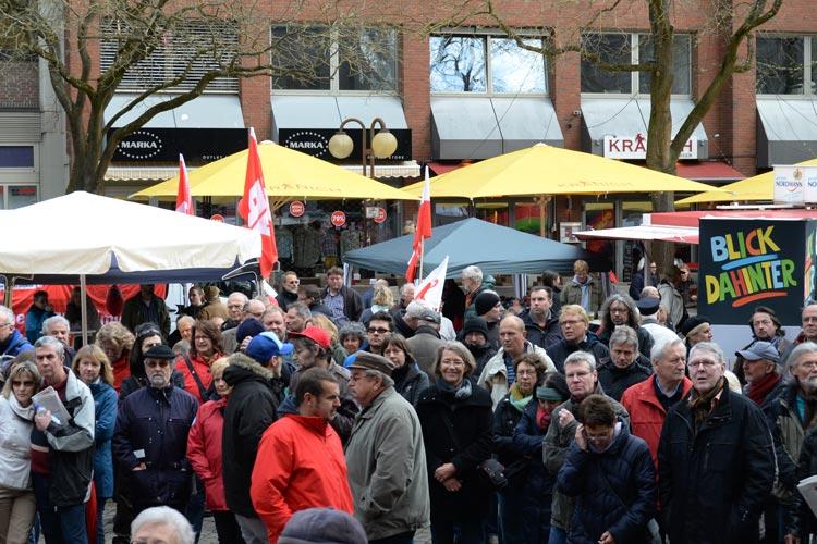 Traditionell findet am 1. Mai die DGB-Kundgebung auf dem Oldenburger Rathausmarkt statt.