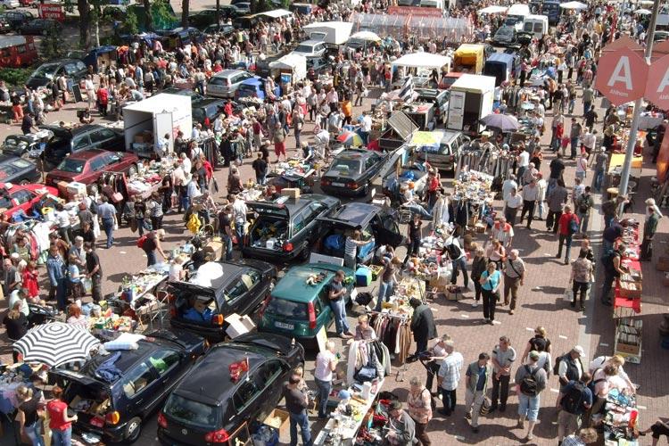 Der zweite Sonntagsfloh in diesem Jahr findet am 22. Mai zwischen 11 und 17 Uhr auf dem Gelände des famila Einkaufsland Wechloy statt.