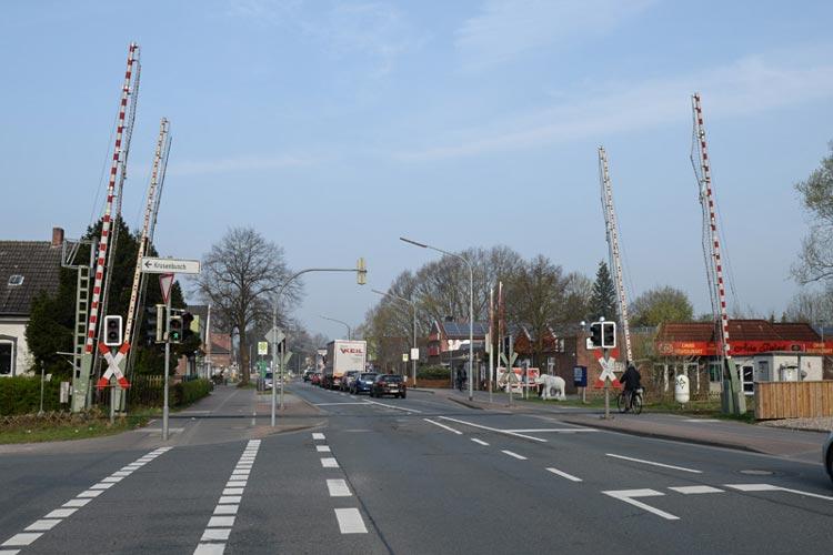 Mehrere Bahnübergänge in Oldenburg-Osternburg werden wegen Gleisbauarbeiten gesperrt.