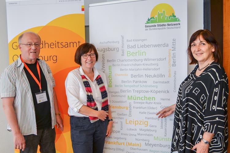 ans Wolter, Dagmar Sachse und Andrea Mager-Tschira (von links) informierten über Gesundheitsförderung in den Kommunen.