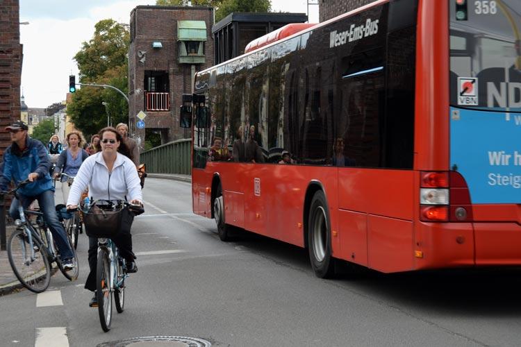 Heute wurde das Förderprogramm für Landesbuslinien vorgestellt. Zwischen Westerstede und Oldenburg soll eine Verbindung aufgewertet werden.