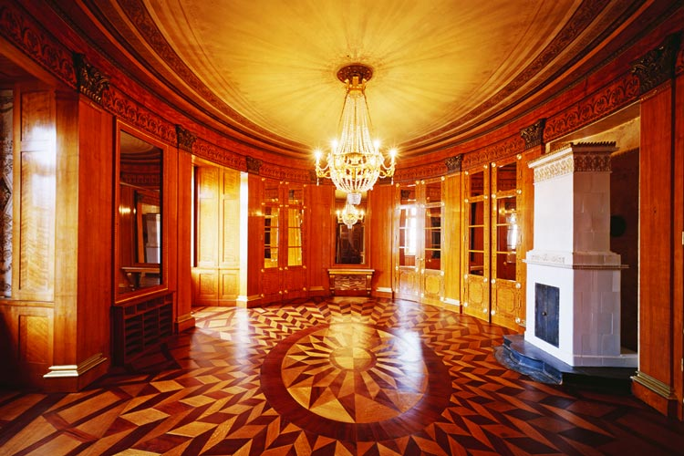 Ovales Empfangszimmer im Oldenburger Schloss.