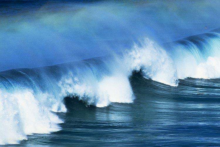 Extremwellen wurden lange Zeit als Seemannsgarn abgetan. Oldenburger Forscher haben einen Teil des Geheimnisses der Monsterwellen gelüftet.