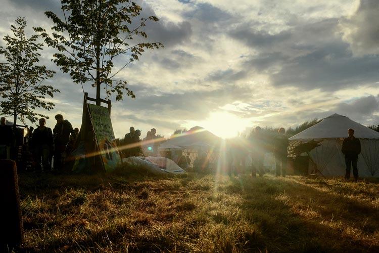 Das Freifeld-Jurten Festival findet auf der Lazaruswiese – zwischen Marschweg-Stadion und Küstenkanal – statt.