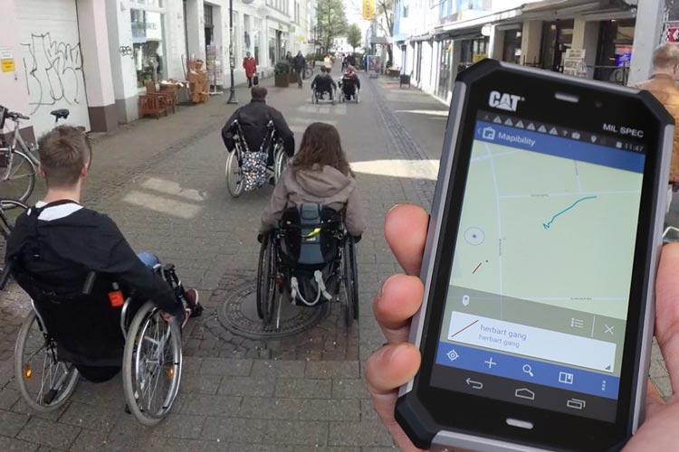 Geoinformatik-Studierende testeten in Oldenburg verschiedene Navigationssysteme aus der Perspektive von Rollstuhlfahrerinnen und Rollstuhlfahrern