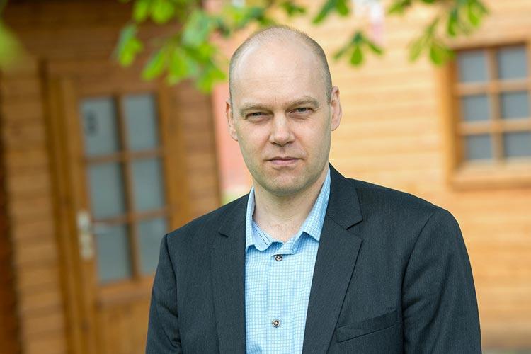 Der Oldenburger Neurobiologe Prof. Dr. Henrik Mouritsen erforscht, wie Zugvögel ihren Weg finden.