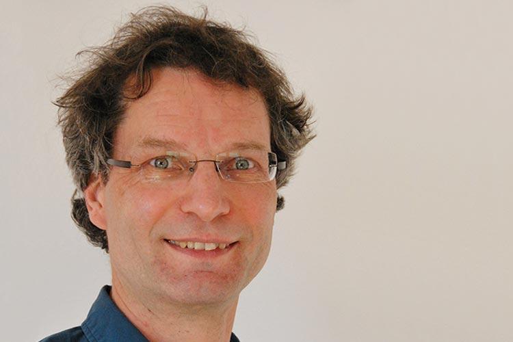 Dr. Matthias Wächter von der Universität Oldenburg erforscht Extremwellen.