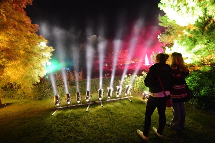 Die Mystischen Nächte im Park der Gärten in Bad Zwischenahn sind bei den Gästen sehr beliebt.