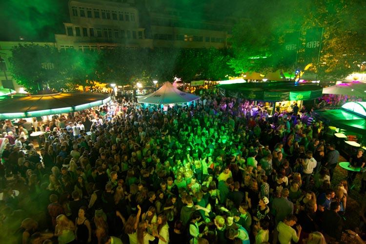 Auch 2016 wird die Oldenburger Innenstadt währed des Stadtfestes zur Partymeile.