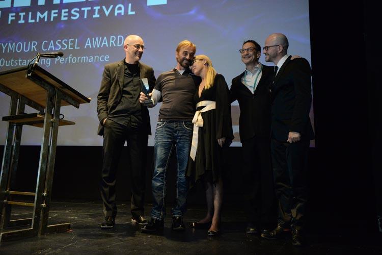 André Hennicke erhielt für seine Darstellung in Strawberry Bubblegums den Seymour Cassel Award.