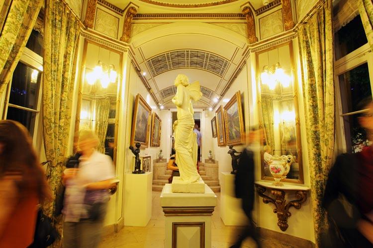 Am 10. September lockt die Oldenburger Nacht der Museen von 18 bis 24 Uhr Kulturfans und Nachtschwärmer an, um sie zu begeistern.