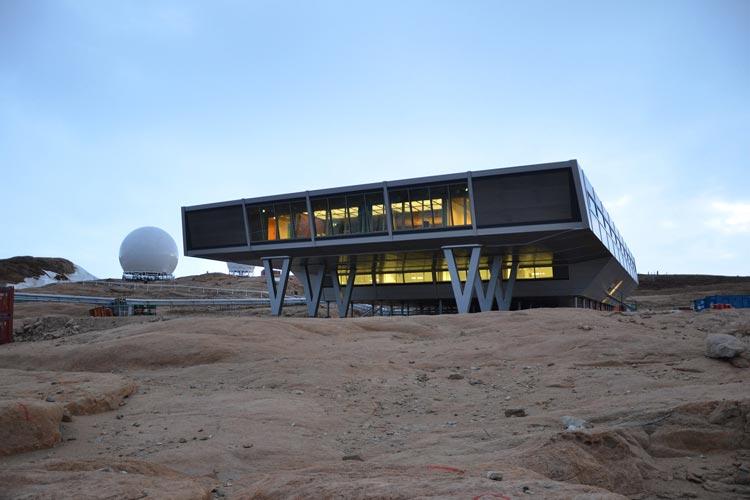 Über den Bau der Antarktisstation Bharati berichtet der Architekt Bert Bücking in dem Vortrag in der Jade Hochschule in Oldenburg.