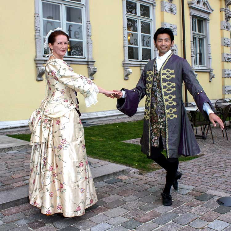 Beim historischen Tanzfest am Sonntag, 16. Oktober, im Oldenburger Schloss heißt es Das Schloss tanzt.