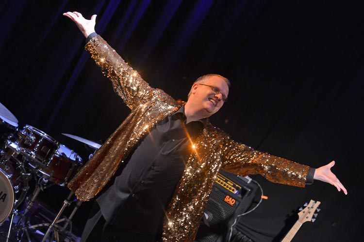 Der Entertainer Udo Nottelmann feiert seinen Geburtstag mit zwei Showabenden am 25. und 26. November in der Oldenburger Kulturetage.