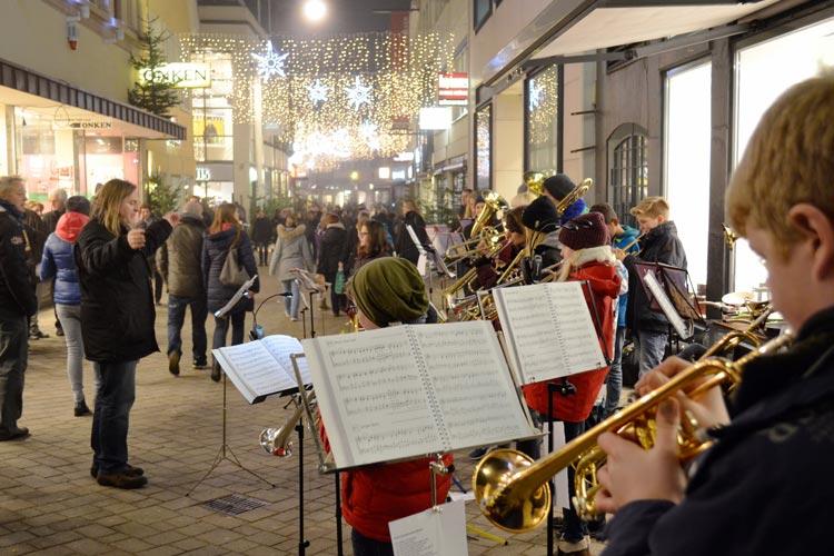 Das CMO lädt am 3. Dezember zur langen Einkaufsnacht in die Oldenburger Innenstadt ein.