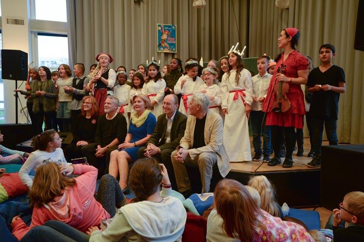 Mit einem Fest und von zahlreichen Akteuren wurde heute die 42. Kibum im Oldenburger Kulturzentrum PFL eröffnet.