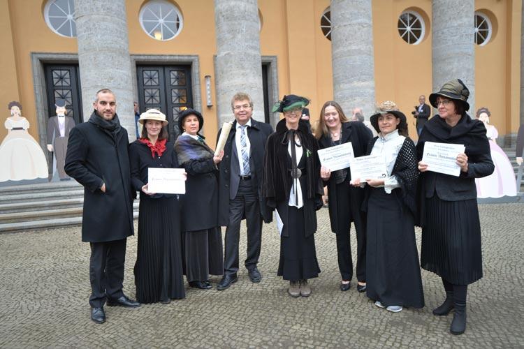 Die Grüne Landtagsfraktion machte im Vorfeld des Festprogramms auf das Thema Frauen in der Parlamentsgeschichte aufmerksam.