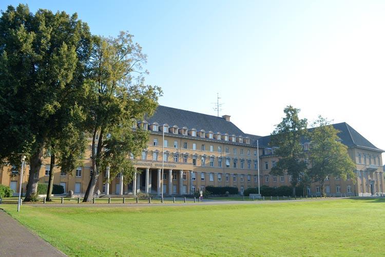 Die Polizeidirektion Oldenburg musste ein Teil ihrer Räume vorübergehend verlassen.