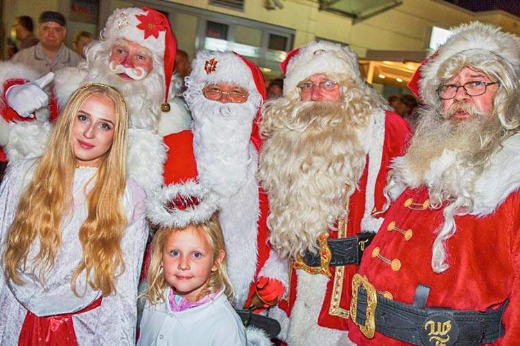 Eingebettet in einen Weihnachtsmarkt findet am Samstag, 5. November, der Santa-Contest in Sande statt.