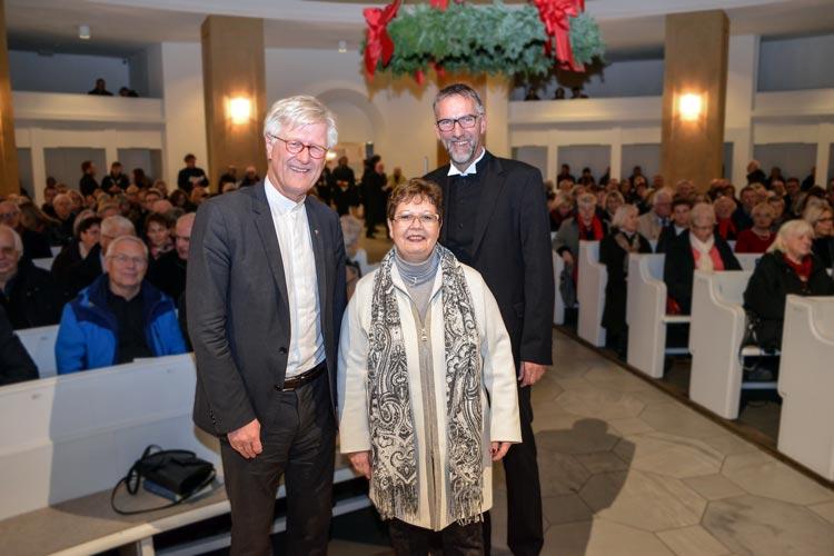 Bischof Jan Janssen und Sabine Blütchen begrüßten den EKD-Ratsvorsitzenden Prof. Dr. Heinrich Bedford-Strohm in der Oldenburger St. Lamberti-Kirche.