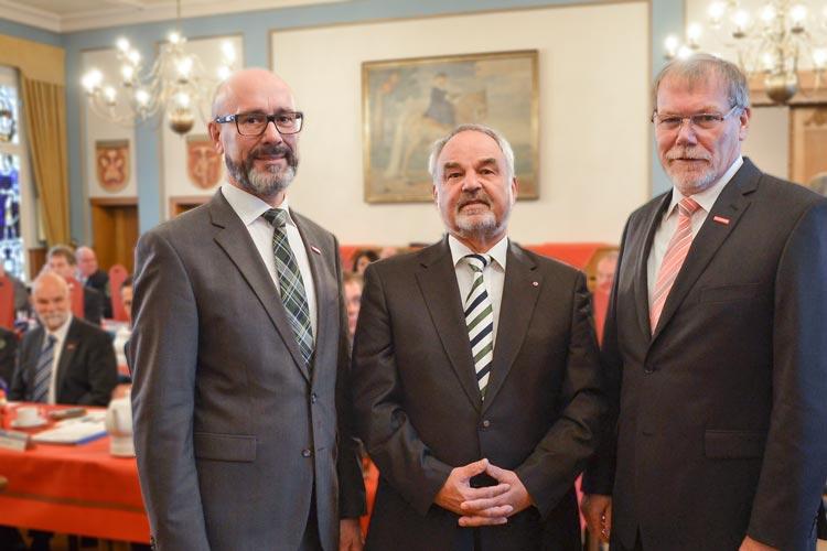 Lediglich neun Prozent der Azubis im Oldenburgischen Kammerbezirk sind Abiturienten. Der HWK-Präsident Manfred Kurmann setzt deshalb auf das Berufsabitur.