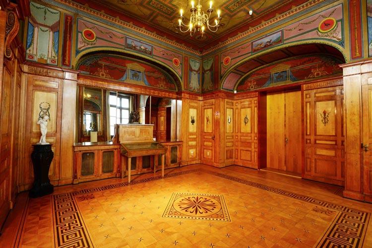 Das Prinzenzimmer im Oldenburger Prinzenpalais vor der Restaurierung.
