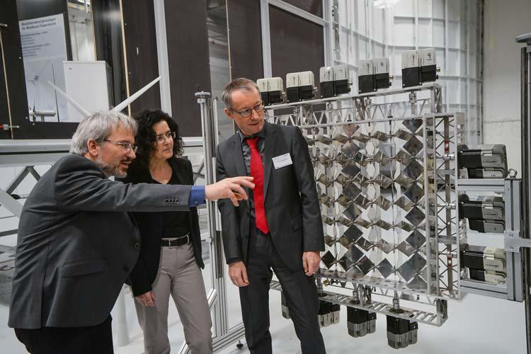 Heute ist das Forschungslabor für Turbulenz und Windenergiesysteme (WindLab) der Uni Oldenburg in Anwesenheit der Wissenschaftsministerin Gabriele Heinen-Kljajić eingeweiht worden.