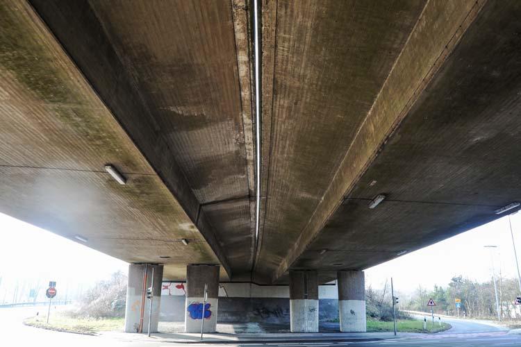 Die Arbeiten für den Brückenneubau über die Alexanderstraße in Oldenburg haben begonnen.