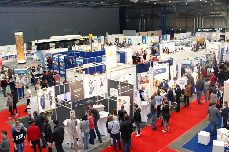 Zum elften Mal findet die jobmesse oldenburg in den Weser-Ems Hallen statt.