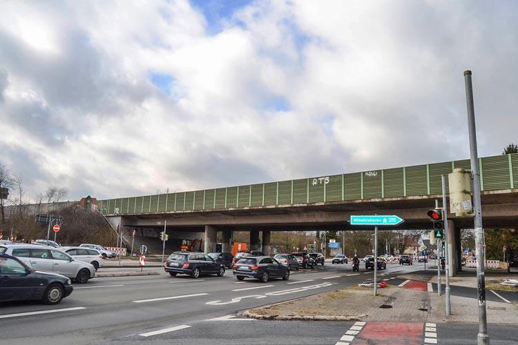 Die Alexanderstraße wird wegen des Brückenabrisses an der A 293 voll gesperrt.